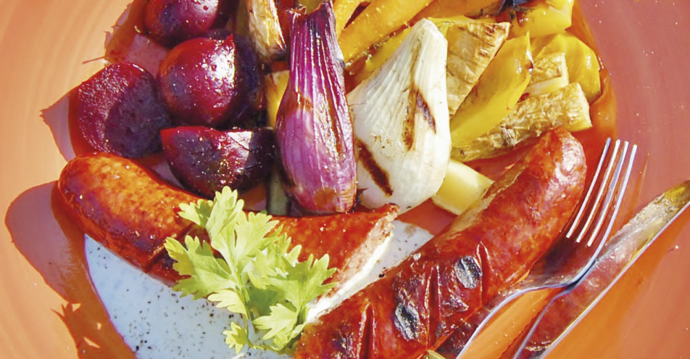Grillad-chorizo-med-rostade-grönsaker-&-korianderyoghurt